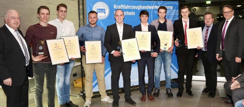 6 von 8 Prüfungsbeste aus August-Horch-Schule